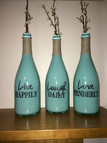 Empty wine bottle decoration ideas for Empty bottle decoration ideas