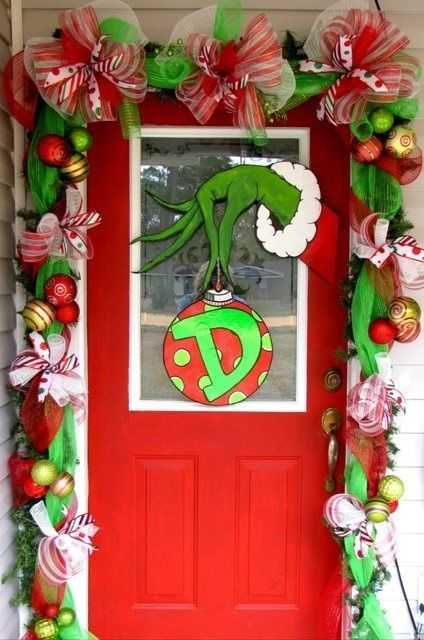 Grinch-Christmas-Door-decoration