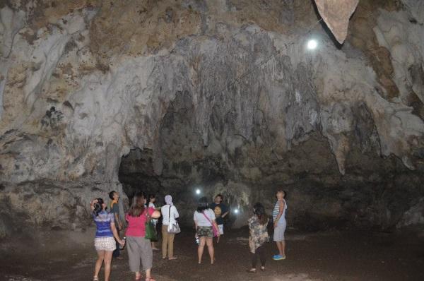 Hoyop-Hoyopan-Cave-pictures
