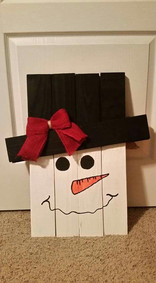Wooden-Christmas-Snowman