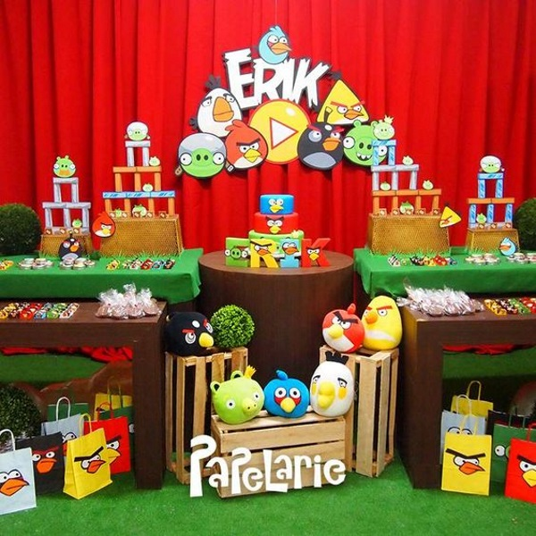 Diy angry birds birthday party ideas pink lover for Angry birds party decoration ideas