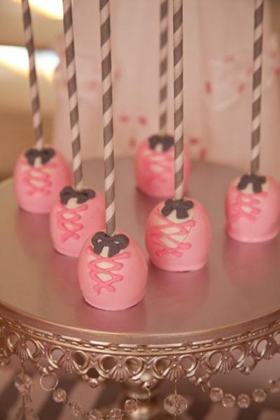 ballerina-birthday-cake-pops