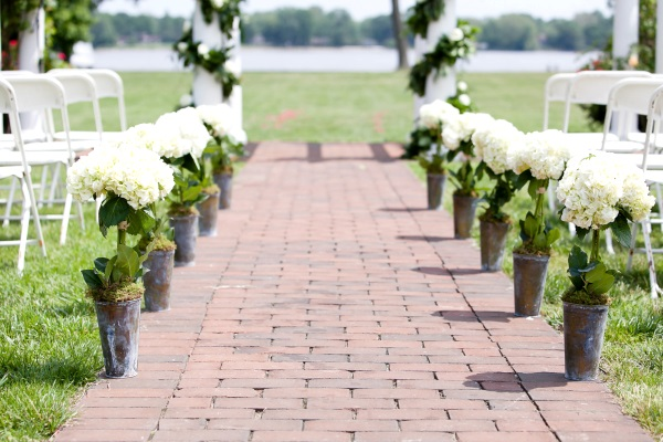 Simple Outdoor Ceremony Decorations: 50 Best Garden Wedding Aisle Decorations