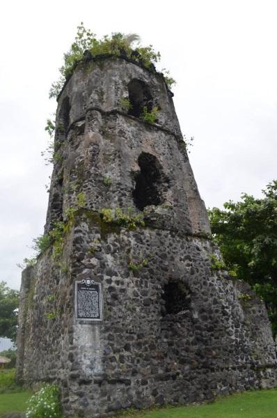 cagsawa-ruins-mt-mayon