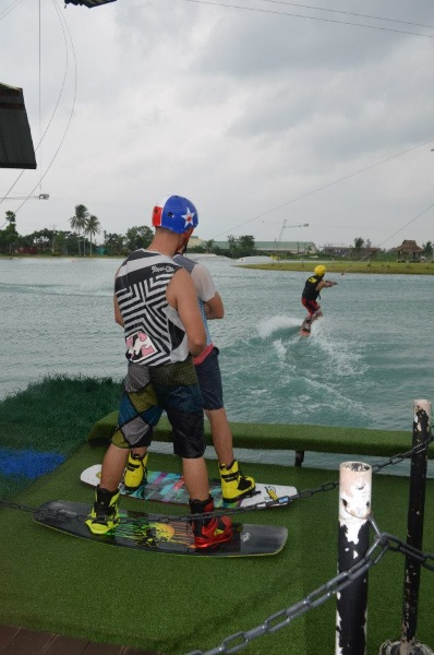 camsur-water-sports-complex-pictures