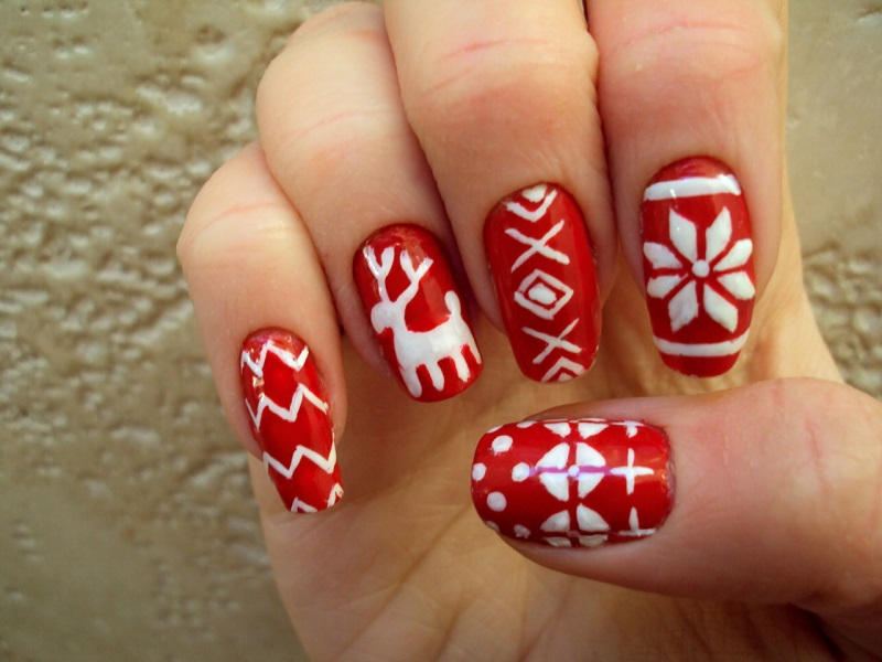 christmas-nail-art. Easy and Simple Christmas Nail Art Design Ideas - Best Christmas Nail Art Designs - Pink Lover