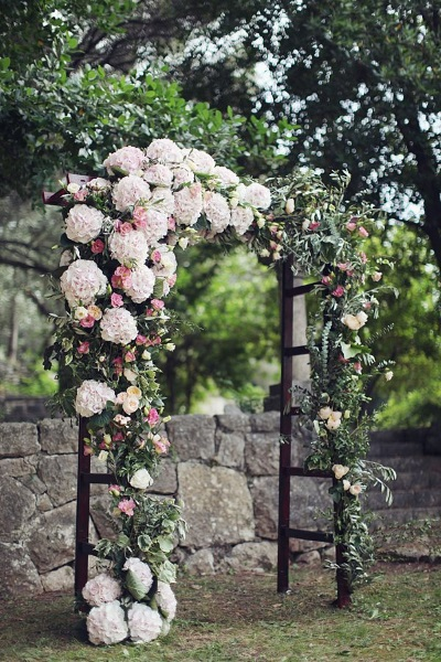 60 best garden wedding arch decoration ideas pink lover for Garden archway designs