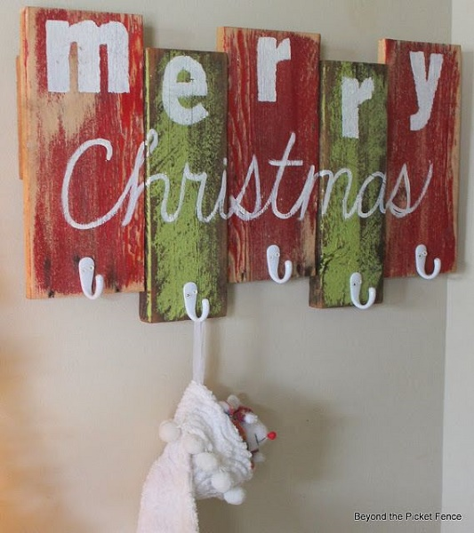 diy-christmas-decoration-signs