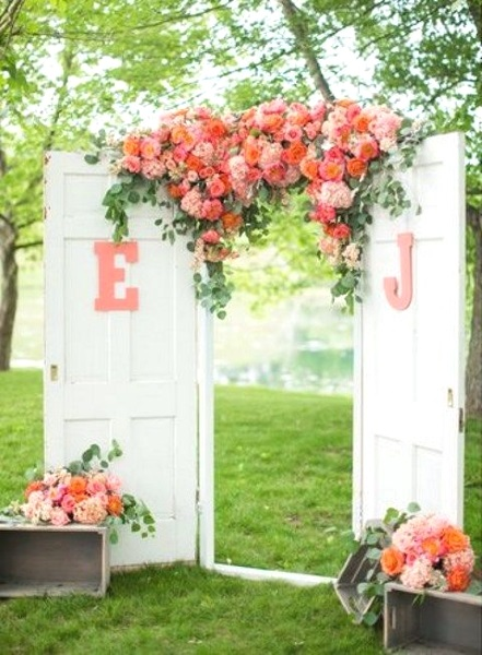 43 best outdoor wedding entrance ideas pink lover for Outdoor garden doors