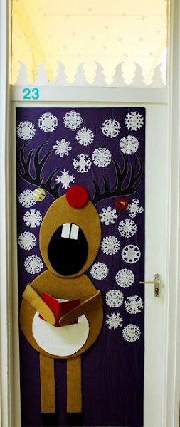 singing rudolph christmas door decoration image source