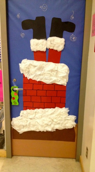 funny santa christmas door decorations 1