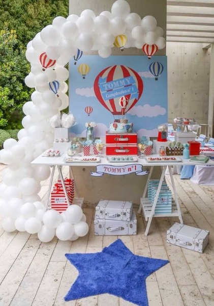 Diy hot air balloon birthday party ideas pink lover