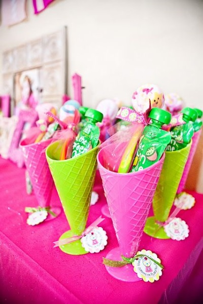 ice-cream-arty-giveaways