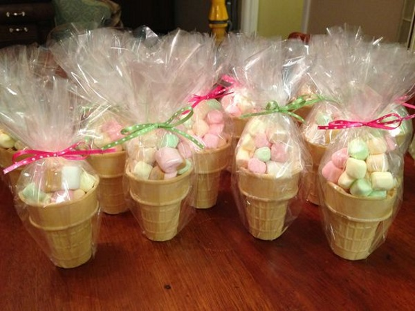 ice-cream-party-favors