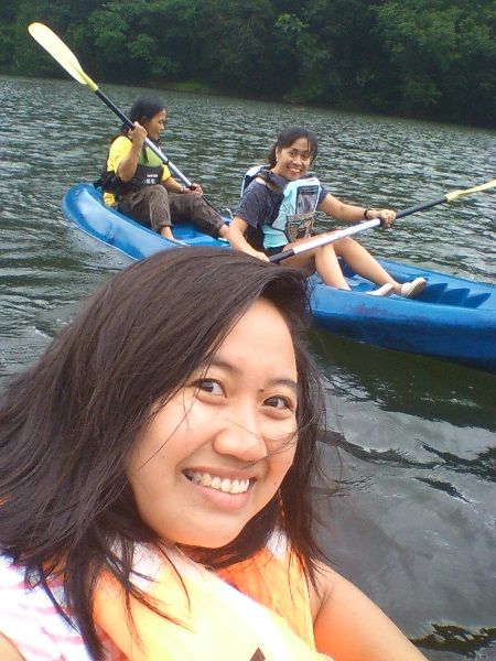 lake-bulusan-kayaking