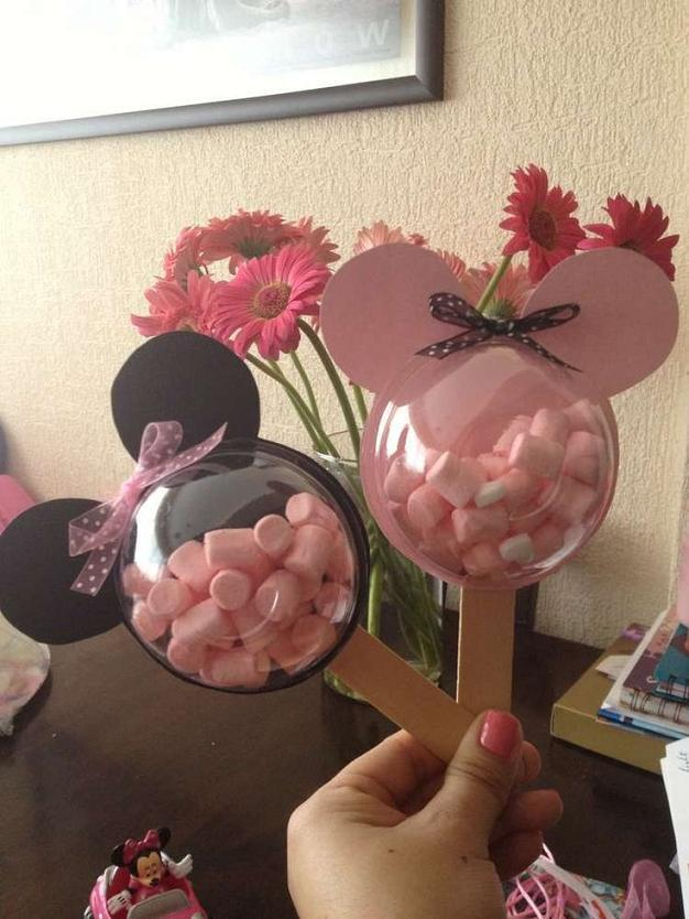 minnie-mouse-birthday-party-decorations