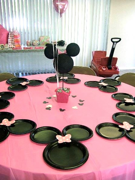 minnie mouse birthday party ideas pink lover. Black Bedroom Furniture Sets. Home Design Ideas