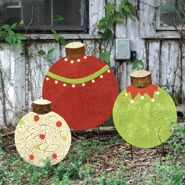 Attractive diy outdoor christmas decorations pink lover for Christmas lawn decorations