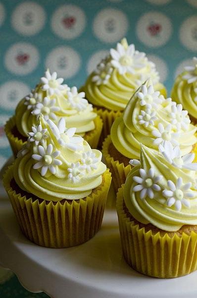 you-are-my-sunshine-birthday-cupcake-idea