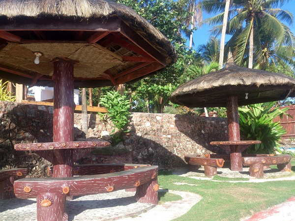 blue-wave-inn-resort-siquijor-beach-1