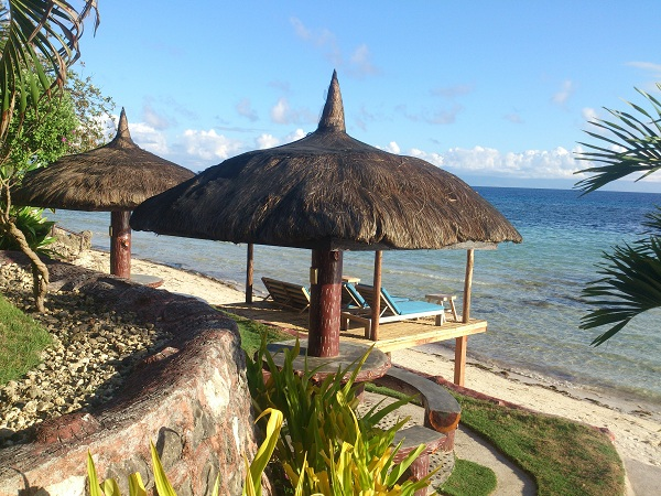 blue-wave-inn-resort-siquijor-beach-4