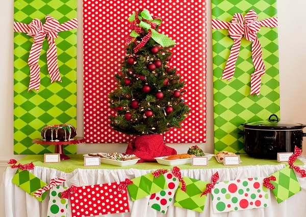 DIY Christmas Party Decoration Ideas - Pink Lover