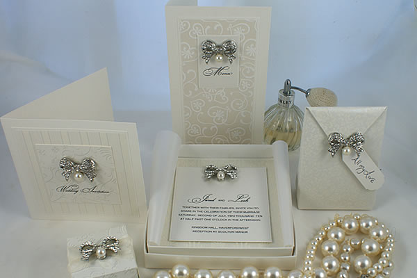 Luxury-Wedding-Invitations-1