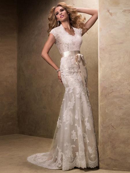 beautiful wedding dress