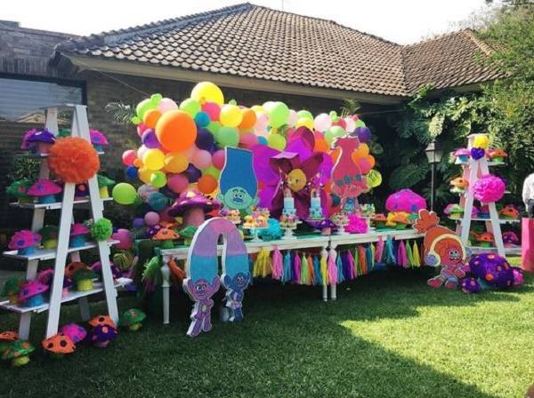 Trolls Birthday Party Ideas Decorations Image Source