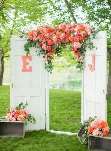 Garden Wedding Ideas For A Romantic Wedding This 2017