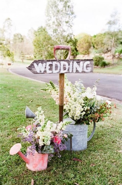 Garden wedding ideas for a romantic wedding this 2017 best garden wedding ideas junglespirit Gallery