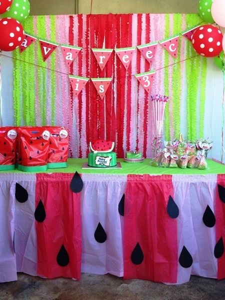 Watermelon Birthday Party Decors