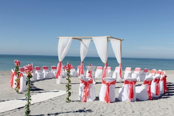 Circle Seating Arrangement For Beach Wedding: Beach Wedding Ideas For A Picture Perfect Moment