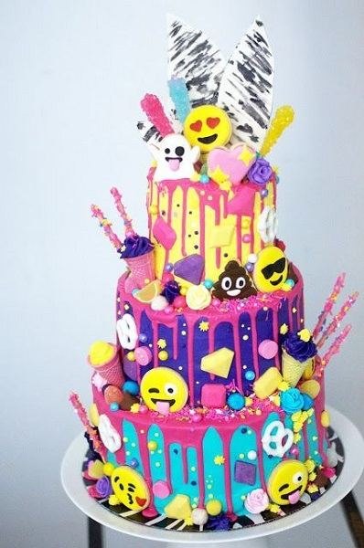Emoji Birthday Party Cake