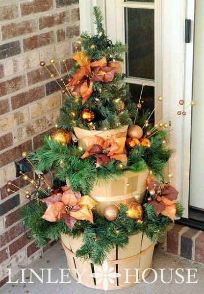 DIY Outdoor Christmas Decorations