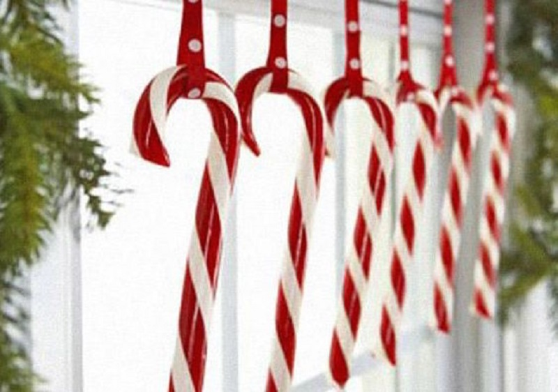 candy-canes-christmas-decorations