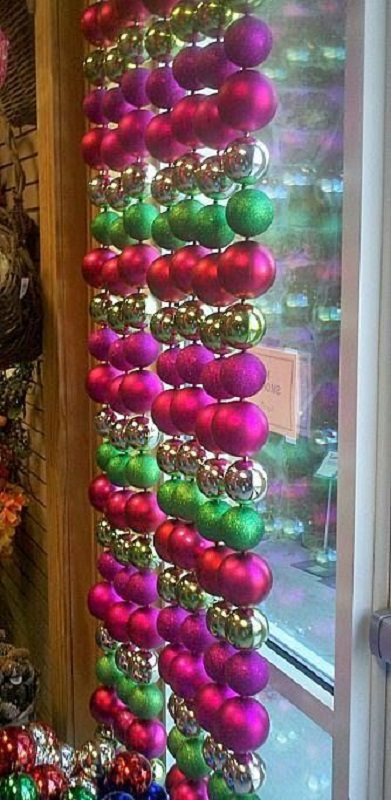 christmas decorating ideas for office windows - Pink Christmas Decorations Ideas