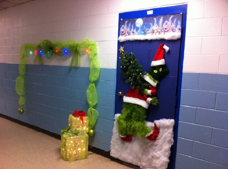 grinch christmas door decorating ideas