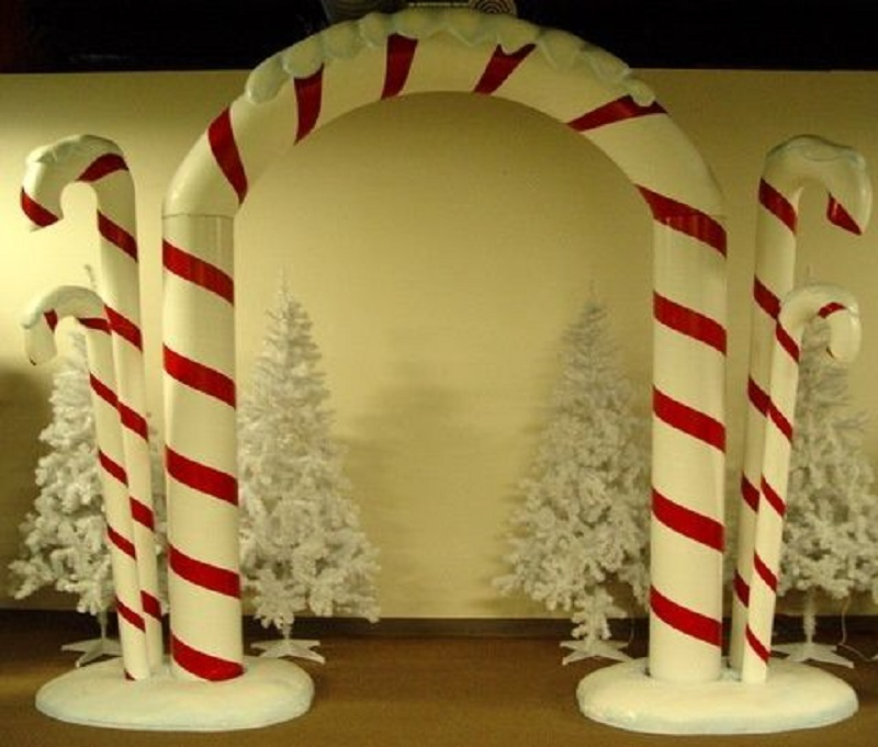 office-entrance-christmas-decorations