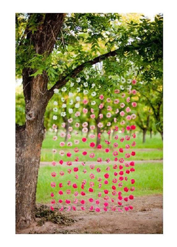 easy-garden-wedding-backdrop