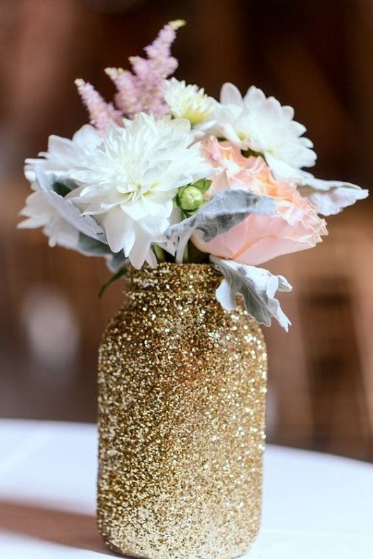 mason-jar-wedding-decorations